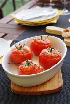Tomates recheados com Feta, Azeitonas Gordal e Manjericão