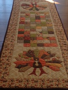 Turkey Table Runner from Quilting Quickly Magazine by sophia Thanksgiving Table Runner, Table Runner And Placemats, Table Runner Pattern, Quilted Table Runners, Fall Table Runner, Halloween Table Runners, Turkey Table, Place Mats Quilted, Quilted Table Toppers