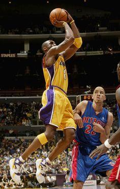 Kicks On Court Classic // Kobe Bryant in the Nike Air Flight Huarache