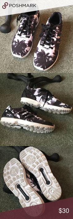 Men's Adidas torsion size 10 Worn once. Great condition just from sole can tell they have been worn adidas Shoes Athletic Shoes