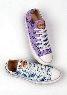 Find Girls Clothing and Teen Fashion Clothing. Including these super cute floral Converse sneakers. from dELiA*s Floral Converse, Cute Converse, Converse Shoes, Floral Shoes, Floral Sneakers, Pretty Shoes, Cute Shoes, Me Too Shoes, Fab Shoes