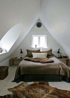 25 Awesome Kleines Schlafzimmer Deko Ideen 25 Awesome Little Bedroom Decorating Ideas Dream Bedroom, Home Bedroom, Bedroom Decor, Bedroom Ideas, Design Bedroom, Attic Design, Small Bedrooms, Peaceful Bedroom, Luxury Bedrooms