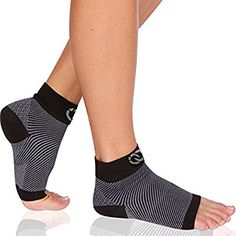 Plantar Fasciitis Socks (1 Pair) - Compression Foot Sleeves with Arch & Heel Support for Men & Women (Medium)