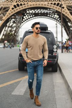 visit our website for the latest men's fashion trends products and tips . Chelsea Boots Outfit, Mens Boots Fashion, Latest Mens Fashion, Men's Fashion, Fashion Ideas, Fashion Trends, Mens Semi Formal Outfit, Mens Fall, Stylish Men
