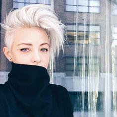 Des coupes magnifiques pour celles avec des cheveux fines … Oui, mêmes les personnes avec des cheveux #fines peuvent avoir des coiffures belles … que-ce que tu penses du nr. 3?