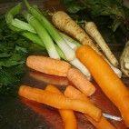 Pomsta hájnikovej ženy • recept • bonvivani.sk Carrots, Vegetables, Food, Meal, Essen, Carrot, Vegetable Recipes, Hoods, Meals