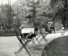 André Kertész; Jardin de Luxembourg 1928.