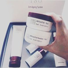 Buy this at home skin peel and get a free sample of the marine clay mask ❤️ 180 skin peel Intense anti-ageing treatment Wipe away dull, aged skin in minutes with Nu Skin AHA Facial Peel and Neutraliser and discover a smoother, younger look. Pimples Under The Skin, How To Get Rid Of Pimples, Nu Skin, Diy Skin Care, Skin Care Tips, Face Peel Mask, Face Masks, Chemical Skin Peel, Skin Peeling On Face