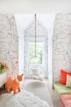 Interior design inspiration & tips from top designers for your home playroom. Playroom Design, Playroom Decor, Kids Room Design, Kids Decor, Kid Playroom, Playroom Ideas, Colorful Playroom, Kid Spaces, Home Interior