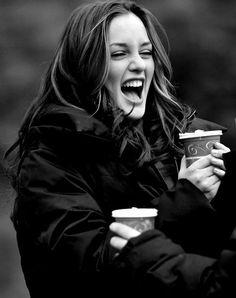 Leighton Meester as Blair Waldorf in Gossip Girl - beauty inspiration for GLOWLIKEAMOFO.com