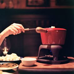 Fondue in Zermatt - white bread, brown bread, potatoes Brown Bread, White Bread, Fondue Restaurant, Zermatt, Suites, Warm And Cozy, Switzerland, Don't Forget, Food And Drink