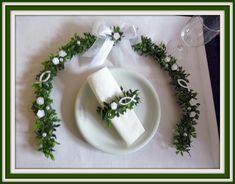Dekoration - Ehrenplatzranke. Tischdeko, Kommunion, Konfirmat. - ein Designerstück von Blumeneri bei DaWanda