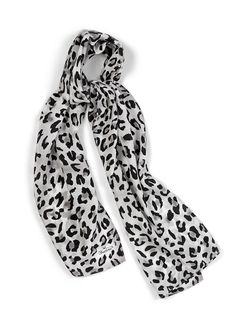 Leopard Essence - this alluring combination of design and color is fabulous! Leopard Scarf, Cool Style, My Style, Autumn Fashion, Silk, Accessories, Clothes, Color, Dresses