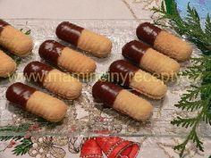 Linecké vanilky Galletas Cookies, Holiday Cookies, Biscuits, Sausage, Goodies, Food And Drink, Meat, Baking, Ethnic Recipes
