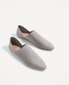 Zara- Leather Foldable-Heel Flats -Brand New Sock Shoes, Shoe Boots, Flat Shoes, Minimal Shoes, Boot Brands, Clarks, Leather Sandals, Designer Shoes, Me Too Shoes