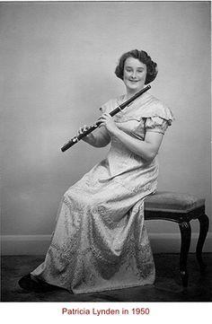 Pat Lynden Wooden Flute, Flutes, Instruments, Scrapbook, Statue, History, Beautiful, Transverse Flute, Musicals