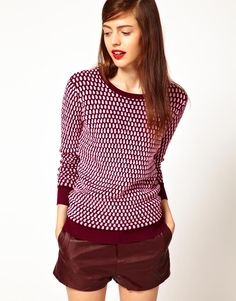 cute top! ++ jonathan saunders oval knit