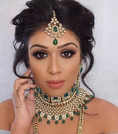 perfect make up, hairstyle and jewellery for an Indian wedding #HairstylesForWomenIndian