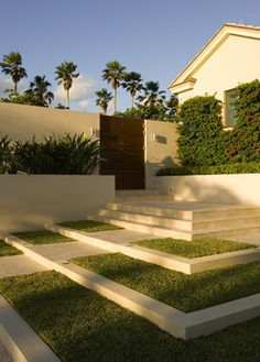 How To Design Exterior Stairs Modern Landscaping, Front Yard Landscaping, Landscaping Ideas, Contemporary Landscape, Landscape Design, Modern Contemporary, Modern Luxury, Landscape Architecture, Small Gardens