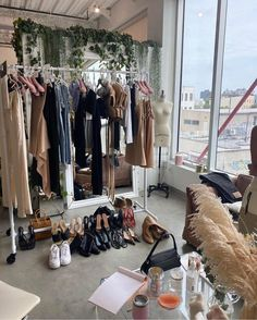 "O R S E U N D I R I S on Instagram: ""peek into our world 💭"" Fashion Jobs, Student Fashion, Nyc Fashion, School Fashion, High Fashion, Fashion Design, Future Clothes, Facon, Dream Life"