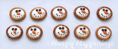 Hungry Happenings: Winter themed treats - Frosty Snowman Pretzels plus a Giveaway Christmas Sweets, Christmas Goodies, Christmas Candy, Homemade Christmas, Christmas Baking, Christmas Holidays, Christmas Crafts, Christmas Ideas, Holidays 2017