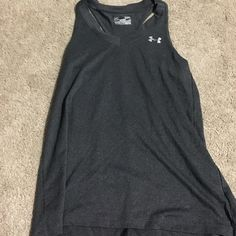 UA shirt Gently used UA work out tank top Under Armour Tops Muscle Tees