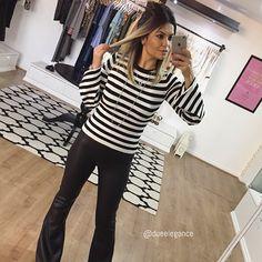 P&B lovers!  Blusa tricot listras manga sino e calça couro fake flare!  #dueloveit * Para compras, detalhes e valores, adicione o whatss da Due (15) 996087575!   #newin #fashion #preview #outonoinverno #Ootd