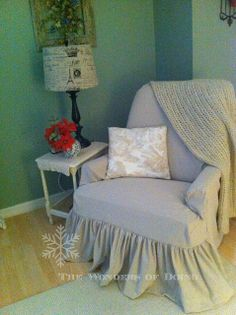 """DIY recliner slipcover....The Wonders of Doing: Just finished """"Slip Cover #2"""" but this one is made of """"Paint Drop Cloth"""". . ."""