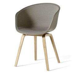 Hay - About A Chair AAC 22, Holz-Vierbeingestell (Eiche geseift), Sitzschale khaki / Innenpolsterung Surface 420, Filzgleiter Jetzt bestellen unter: https://moebel.ladendirekt.de/kueche-und-esszimmer/stuehle-und-hocker/esszimmerstuehle/?uid=492fedda-d189-5651-b73b-20580b2910b5&utm_source=pinterest&utm_medium=pin&utm_campaign=boards #kueche #esszimmerstuehle #esszimmer #hocker #stuehle