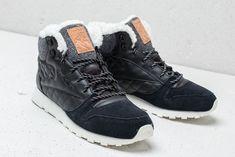 96f459e3e4657f Reebok Classic Leather Arctic Boot Black  Chalk  Camel  Pink на отлична  цена 238 лв купете в Footshop