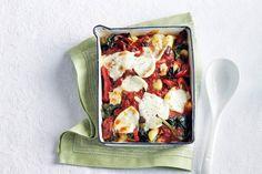 Ovenheerlijke gnocchi met paprika en rozijnen - Recept - Allerhande Veggie Recipes, Wine Recipes, Healthy Recipes, Healthy Food, Italian Dishes, Italian Recipes, Good Food, Yummy Food, Mouth Watering Food