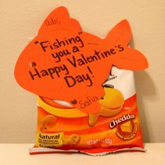 So cute and waaay more healthy than candy for a kid's valentine!