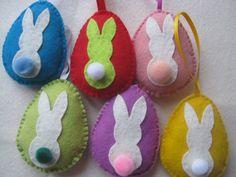 pompom farkincás nyuszi tojások 6 db, Dekoráció, Húsvéti apróságok, Ünnepi dekoráció, Közeleg a húsvét, én már nagyon várom. Ennek jegyében ...