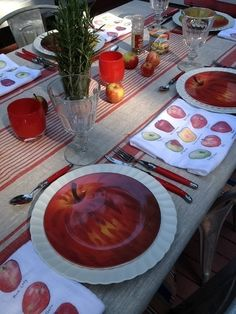 red glassybaby + Kennedy Watson tablescape (two Seattle favorites)