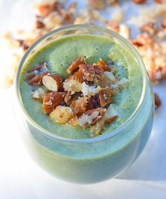 I'm starting the day off with a Green Apple Pie Smoothie Bowl with Nut Crumble (p 72 of @_sarahwilson_'s #simplicious). Light but surprisingly filling - I used coconut kefir in place of some of the coconut milk, peanut butter and a combo of pecans and almonds.