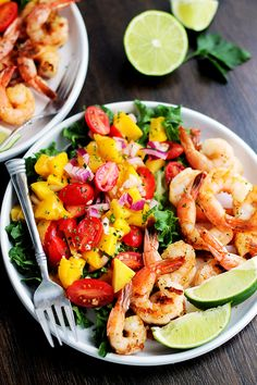 Shrimp and Mango Salad | www.diethood.com | Refreshing summer salad that combines the delicious flavors of lime, mango, and grilled shrimp.