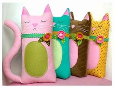Kitty pillows idea for kids. Or could put a round bottom and wieghs to make a door stop.