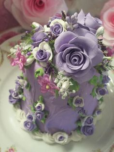 Pretty Fake Cake