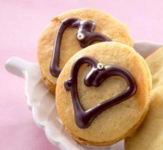 Ystävän minieivokset maistuvat kauralle ja marjahillolle Pancakes, Breakfast, Food, Morning Coffee, Essen, Pancake, Meals, Yemek, Eten