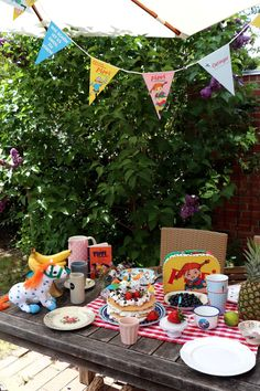 Parties, Party Ideas, Blog, Infant Games, Birthday, Deco, Fete Ideas, Receptions, Thirty One Party