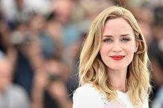 Emily Blunt en Cannes #peinado #labios #belleza