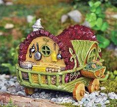 Miniature Garden Dollhouse Fairy Gnome Hobbit House Cottage Fairy Gypsy Wagon