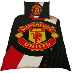 MANCHESTER UNITED Single Duvet Set featuring the Manchester United club crest. Single quilt cover and pillow case only. Official Licensed Manchester United gift. FREE DELIVERY