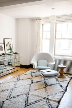 Womb chair and Moroccan rug #followback #nailart #nails