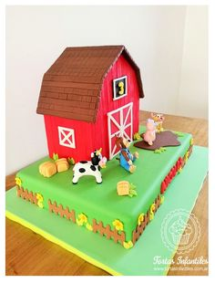 Torta de la Granja de Bubba Backyard Birthday Parties, Farm Birthday, Animal Birthday, Birthday Party Themes, Over The Hill Cakes, Cumple Toy Story, Farm Cake, Farm Party, Farm Theme