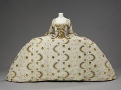Mantua, 1755-60, from the Victoria and Albert Museum