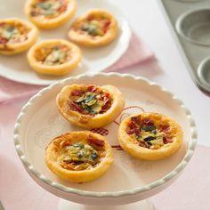 Un biscotto al giorno: mini quiche con salsa reale e verdure