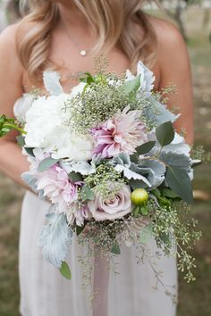 Rustic romance | Photography: Bia Sampaio - www.biasampaio.com  Read More: http://www.stylemepretty.com/2015/05/04/rustic-long-island-vineyard-wedding/