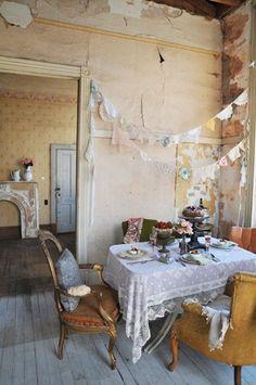 Creative Vintage Home Decor | Second Shout Out