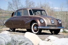 Clive Cussler, the author, owns some very cool vintage cars. This is a 1947 Tatra made in Czechoslovakia. Clive Cussler, Fast Sports Cars, Pedal Cars, Unique Cars, Car Makes, Japanese Cars, Vintage Trucks, Car Car, Old Cars